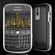 Strong features with BlackBerry Bold 9700 deals