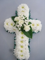 London Flower Net has a beautiful range of funeral flower arrangements