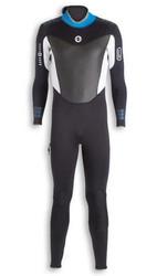 Avail all types of diving products at Mile Dive Store