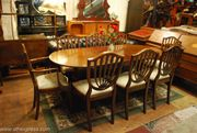 Traditional Dining Table and Chairs for Christmas