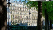 Prestigious Hussamannien building for Sale in Paris