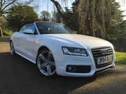 2009 AUDI A5 2.0 TDI S LINE CABRIOLET