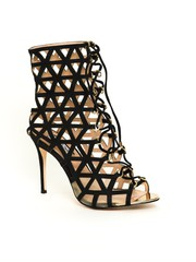 Cagey Heels For Sale For An Alluring Look