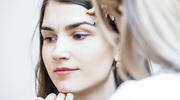 5 things to consider before enrolling in cosmetic courses
