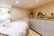 Best Beauty Salon in Clapham,  London