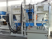 SUMAB R 400 block making machine