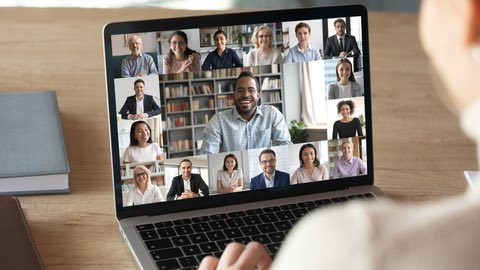 Connect to your audience with Hybrid Council Meetings